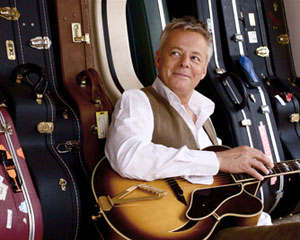 Live and Acoustic | Tommy Emmanuel